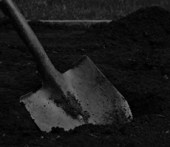 spade digging grave creepypasta