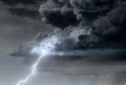 lightning cumulonimbus