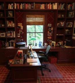 ideal writing office