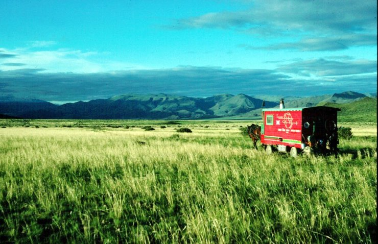 around the world caravan mongolia
