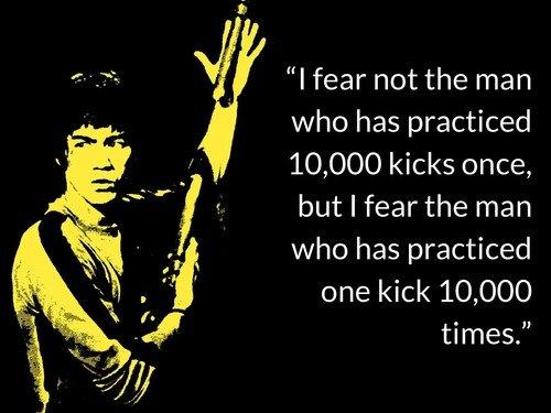 bruce-lee-10000-kicks-practice